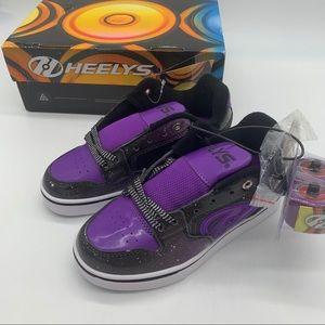HEELYS Motion Plus Youth Wheel Sneaker Size 2 NEW